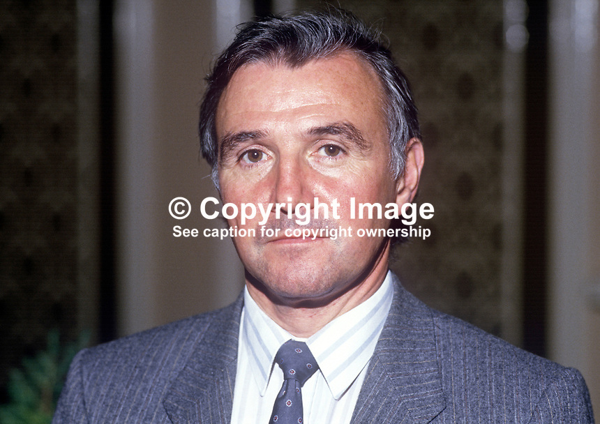 Malcolm Bruce, MP, Liberal Party, UK, 19860935MB1<br /> <br /> Copyright Image from Victor Patterson, 54 Dorchester Park, Belfast, UK, BT9 6RJ<br /> <br /> Tel: +44 28 9066 1296<br /> Mob: +44 7802 353836<br /> Voicemail +44 20 8816 7153<br /> Skype: victorpattersonbelfast<br /> Email: victor@victorpatterson.com<br /> Email: victorpatterson@me.com (back-up)<br /> <br /> IMPORTANT: If you wish to use this image or any other of my images please go to www.victorpatterson.com and click on the Terms &amp; Conditions. Then contact me by email or phone with the reference number(s) of the image(s) concerned.