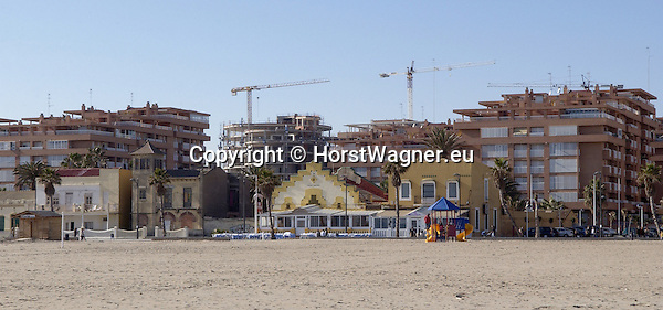 Valencia-Spain, 01 January 2008---Construction of new and more apartments dominating old buildings, at Playa Alboraya; infrastructure, tourism---Photo: © HorstWagner.eu
