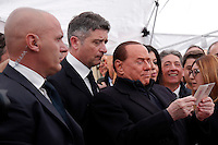 Silvio Berlusconi legge la sua carta d'identita'<br /> Silvio Berlusconi reeds his ID<br /> Roma 12-03-2016 Gazebo al Pantheon. Gazebarie del centro destra per valutare il gradimento del candidato proprosto a Sindaco di Roma.<br /> Gazebo at Pantheon. Primary elections of the Centre-right party for the local elections of the Mayor of Rome.<br /> Photo Samantha Zucchi Insidefoto