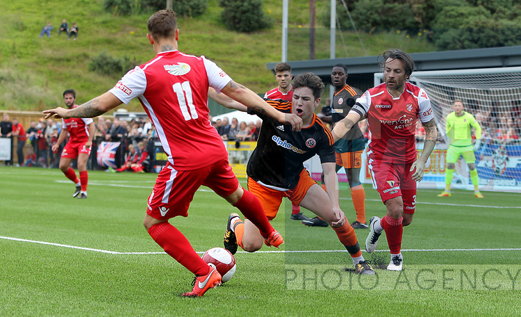 George Cantrill of Sheffield Utd tussles with Carl Stewart of Scarborough during the pre season match at the Flamingo Land Stadium, Scarborough. Picture date 15th July 2017. Picture credit should read: Richard Sellers/Sportimage