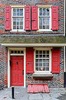 House exterior on the oldest residential street in the United States. Elfreth's Alley, National Historic Landmark District in Old City Philadelphia, Pennsylvania