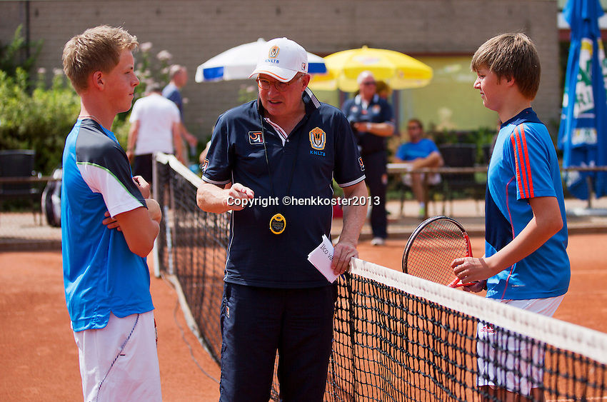 05-08-13, Netherlands, Dordrecht,  TV Desh, Tennis, NJK, National Junior Tennis Championships, Mikey Cairo  Aloys van Baal<br /> <br /> <br /> Photo: Henk Koster