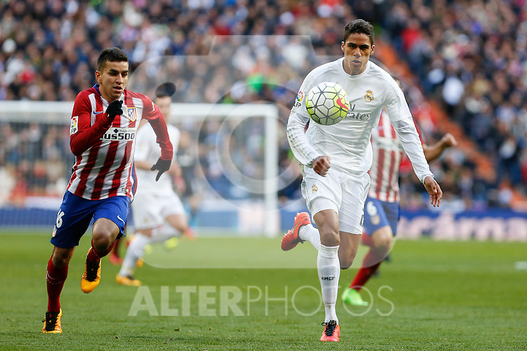 Real Madrid´s Raphael Varane and Atletico de Madrid´s Correa during 2015/16 La Liga match between Real Madrid and Atletico de Madrid at Santiago Bernabeu stadium in Madrid, Spain. February 27, 2016. (ALTERPHOTOS/Victor Blanco)