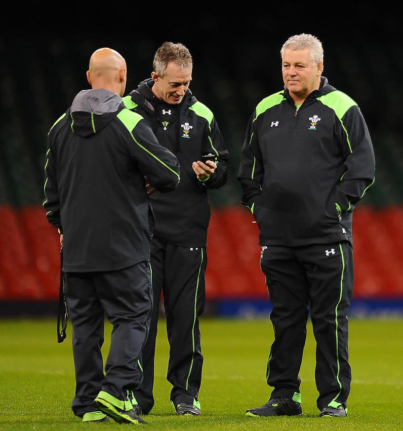 Wales' Head Coach Warren Gatland and Wales&rsquo; Backs Coach Rob Howley chat during todays training session<br /> <br /> Photographer Craig Thomas/CameraSport<br /> <br /> International Rugby Union - 2015 RBS 6 Nations Championship - Wales Training Session - Friday 13th March 2015 - Millennium Stadium - Cardiff<br /> <br /> &copy; CameraSport - 43 Linden Ave. Countesthorpe. Leicester. England. LE8 5PG - Tel: +44 (0) 116 277 4147 - admin@camerasport.com - www.camerasport.com