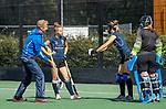 UTRECHT  - training dames I van Kampong, voor het begin van de hoofdklassecompetitie. coach Michiel van der Struijk (Kampong) met Pam Imhof (Kampong)  COPYRIGHT  KOEN SUYK,