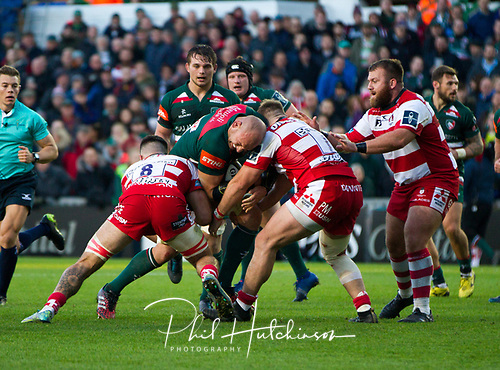 4th November 2017, Welford Road, Leicester, England; Anglo-Welsh Cup, Leicester Tigers versus Gloucester;  Dan Tuohy (Leicester Tigers) working hard in the loose