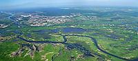 Flusslandschaft der Warthe: EUROPA, POLEN, 24.5.2015: Die Warthe (polnisch Warta) ist ein rechter Nebenfluss der Oder in Polen.<br /> Die Muendung wurde im Jahre 2001 der Nationalpark Warthemuendung eingerichtet.
