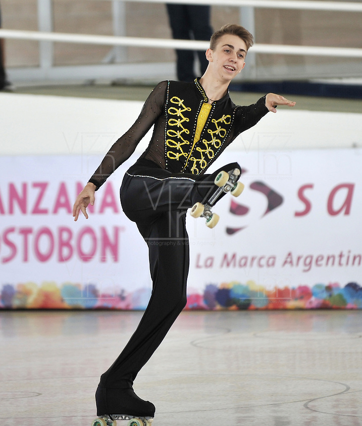 CALI - COLOMBIA - 19 - 09 - 2015: Stefano Piccolo, deportista de Italia, durante la prueba de Solo Danza Obligatorias Juvenil Varones, en el LX Campeonato Mundial de Patinaje Artistico, en el Velodromo Alcides Nieto Patiño de la ciudad de Cali. / Stefano Piccolo, sportman Italy, during the Compulsory Solo Dance Junior Men test, in the LX World Championships  Figure Skating, at the Alcides Nieto Patiño Velodrome in Cali City. Photo: VizzorImage / Luis Ramirez / Staff.