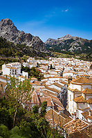 Spanien, Andalusien, Provinz Malaga, Grazalema: weisses Dorf im Parque Natural de la Sierra de Grazalema | Spain, Andalusia, Province Málaga, Grazalema: pueblo blanco at Parque Natural de la Sierra de Grazalema
