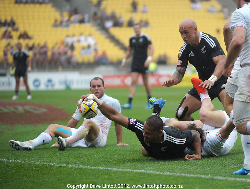 NZ's Frank Halai stretches for the tryline during the Cup quarterfinal match against France during Day Two of the Hertz IRB Wellington Sevens  at Westpac Stadium, Wellington, New Zealand on Saturday, 4 February 2012. Photo: Dave Lintott / lintottphoto.co.nz