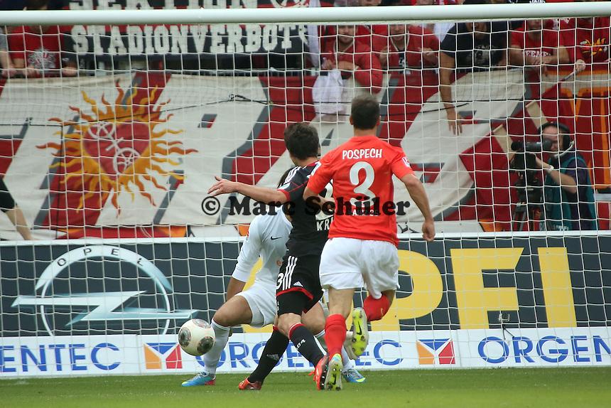 Alleingang Robbie Kruse (Leverkusen) gegen Zdenek Pospech und Heinz Mueller (Mainz) zum 0:1 - 1. FSV Mainz 05 vs. Bayer 04 Leverkusen, Coface Arena, 6. Spieltag