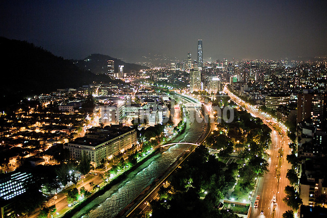 Night view of Santiago, Chile<br /> <br /> <br /> <br /> <br /> Fotos: Pablo Sanhueza