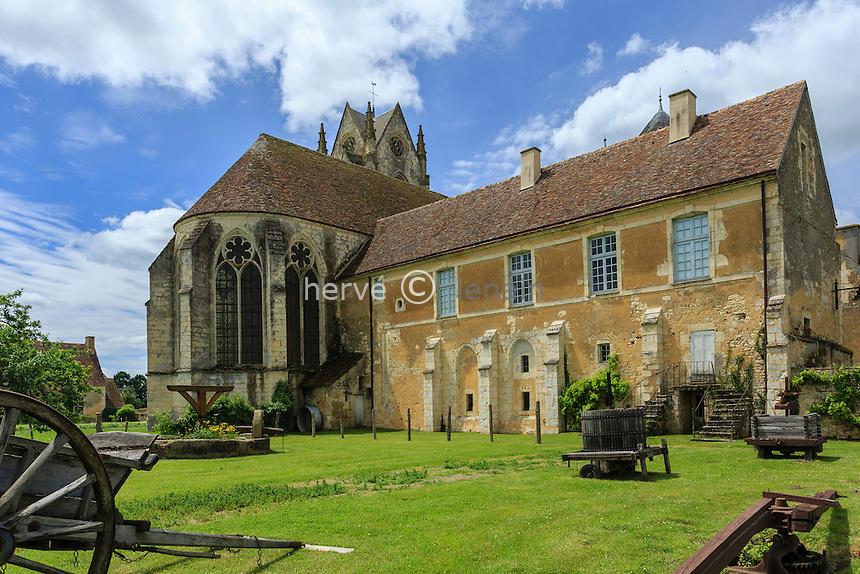 France, Orne (61), Saint-Cyr-la-Rosière, Prieuré Sainte-Gauburge, abrite l'écomusée du Perche // France, Orne, Saint Cyr la Rosiere, Sainte Gauburge, Priory Sainte Gauburge, houses the Museum of Perche