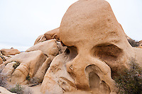 United States, California, Joshua Tree National Park. Skull Rock.