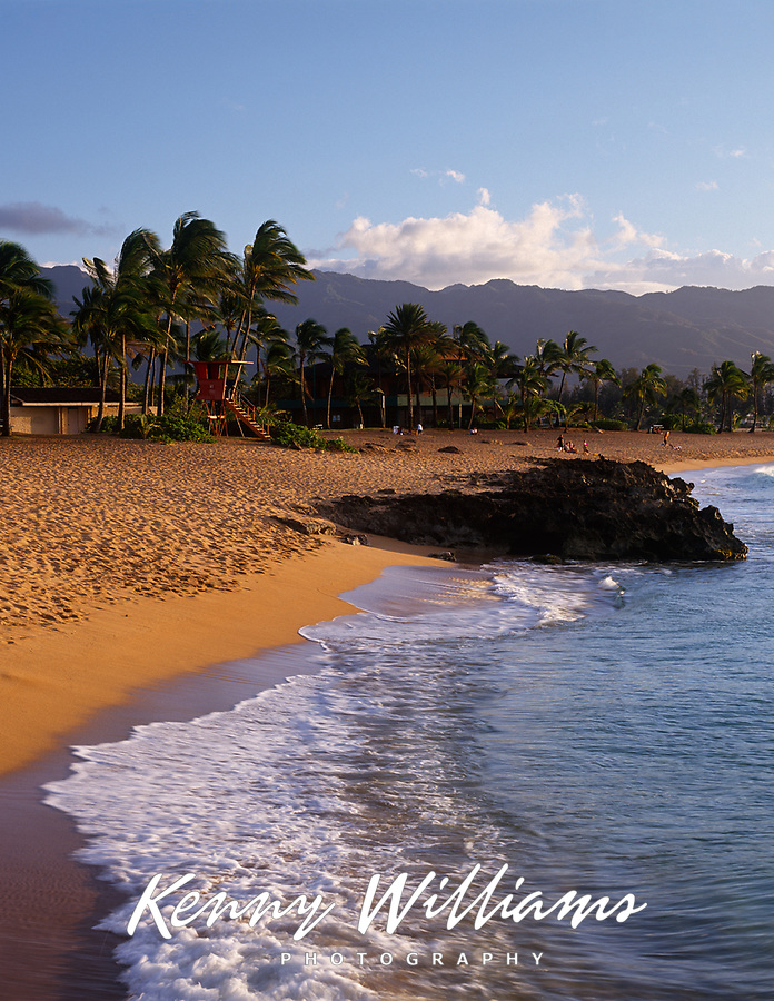 Haleiwa Alii Beach Park, North Shore, Oahu, Hawaii, USA.