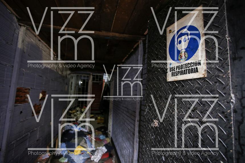 """BOGOTA - COLOMBIA, 01-06-2016: La calle """"El Bronx"""" una de las zonas más peligrosas de la ciudad de Bogotá, Colombia, luce así hoy, 01 junio de 2016, después del desalojo que comenzó el pasado sábado, 28 de mayo de 2016, en un operativo conjunto entre  policía y unidades de investigación del CTI. / The street """"The Bronx"""" one of the most dangerous areas of the city of Bogotá, Colombia, looks like today, June 1, 2016, after the eviction that began last Saturday, May 28, 2016, in a joint operation between police and research units CTI . Photo: VizzorImage/ Ivan Valencia /Cont"""