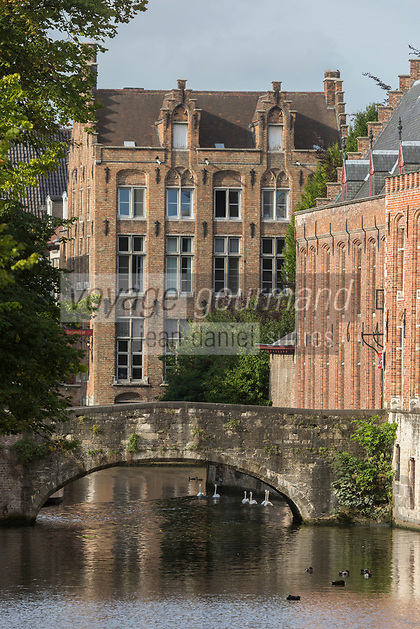 Belgique, Flandre-Occidentale, Bruges, centre historique classé Patrimoine Mondial de l'UNESCO,, Canal Groenerei (Canal vert)  //  Belgium, Western Flanders, Bruges, historical centre listed as World Heritage by UNESCO,  Groenerei Canal, (Green Canal)