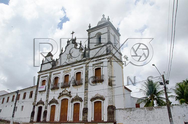 Igreja Nossa Senhora da Conceição e Convento do Sagrado Coração de Jesus (1742), Igarassu - PE, 12/2012.