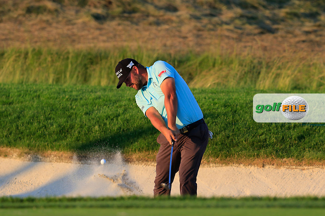Ryan Moore (USA) chips from a bunker at the 8th green during Friday's Round 2 of the 2016 U.S. Open Championship held at Oakmont Country Club, Oakmont, Pittsburgh, Pennsylvania, United States of America. 17th June 2016.<br /> Picture: Eoin Clarke | Golffile<br /> <br /> <br /> All photos usage must carry mandatory copyright credit (&copy; Golffile | Eoin Clarke)