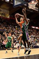 Lucic vs Green<br /> Liga Endesa ACB - 2014/15<br /> J8<br /> Valencia Basket vs Unicaja