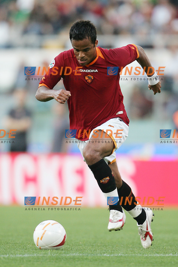 Amantino Mancini (Roma)<br /> Italy &quot;Tim Cup&quot; 2006-07 - Coppa Italia<br /> 09 May 2007 (Final 1st Leg)<br /> Roma-Inter (6-2)<br /> &quot;Olimpico&quot; Stadium-Rome-Italy<br /> Photographer Andrea Staccioli INSIDE