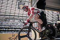 Andr&eacute; Greipel (DEU/Lotto-Soudal) launching himself into his race against the clock<br /> <br /> 104th Tour de France 2017<br /> Stage 20 (ITT) - Marseille &rsaquo; Marseille (23km)