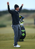 Thorbjorn Olesen of Denmark stretches during the Final Round of the 2015 Alfred Dunhill Links Championship at the Old Course, St Andrews, in Fife, Scotland on 4/10/15.<br /> Picture: Richard Martin-Roberts | Golffile