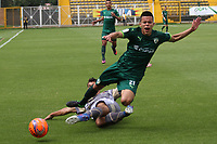 BOGOTA -COLOMBIA, 16-04-2017. Walmer  Pacheco (R)player of La Equidad fights the ball against of  Nicolas Roa (L)  palyer of Tigres FCl .Action game between  La Equidad and Tigresl during match for the date 13 of the Aguila League I 2017 played atMetroplitano de Techo  stadium . Photo:VizzorImage / Felipe Caicedo  / Staff