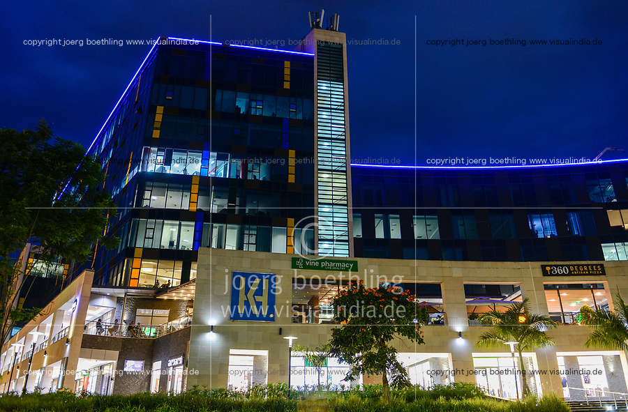 RWANDA, Kigali, shopping mall at Convention Center / RUANDA, Kigali, moderne shopping mall am Convention Centre