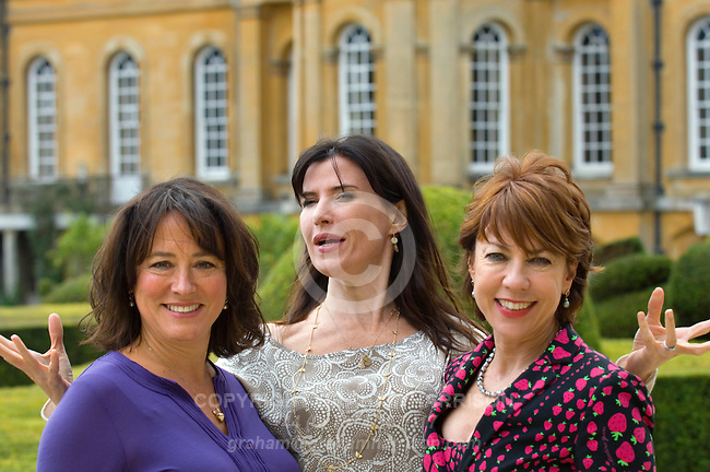 Arabella Weir (L), Ronni Ancona (centre) and Kathy Lette at Blenheim Palace during the Woodstock Literary Festival, Woodstock, Oxfordshire, UK. 17 September 2010. Photograph copyright Graham Harrison.