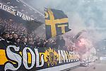 ***BETALBILD***  <br /> Solna 2015-05-31 Fotboll Allsvenskan AIK - Helsingborgs IF :  <br /> AIK:s supportrar med flaggor , bengaler och r&ouml;k under matchen mellan AIK och Helsingborgs IF <br /> (Foto: Kenta J&ouml;nsson) Nyckelord:  AIK Gnaget Friends Arena Allsvenskan Helsingborg HIF supporter fans publik supporters