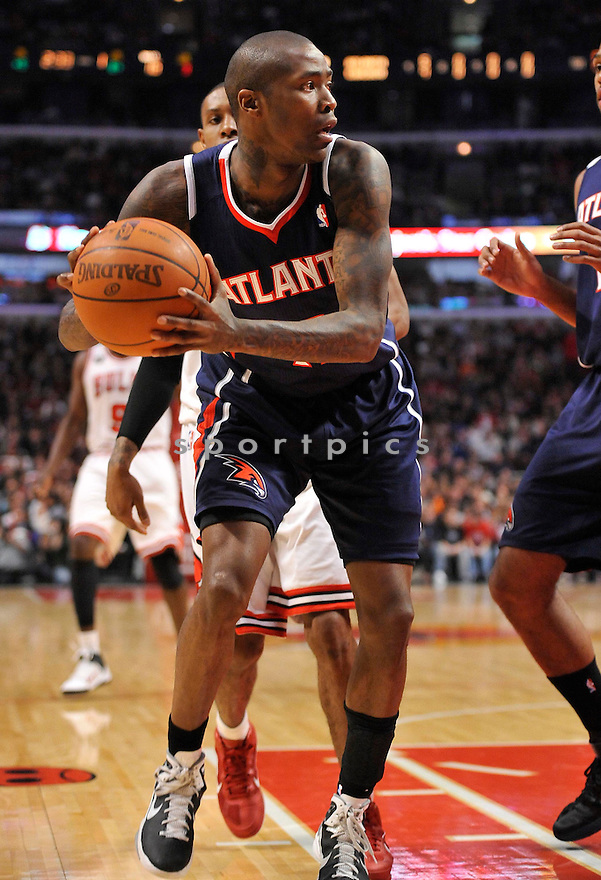 JAMAL CRAWFORD,of the Atlanta Hawks, in action during the Hawks game against the Chicago Bulls at the United Center in Chicago, Illinois on March 11, 2011.  The Chicago Bulls beat the Atlanta Hawks 94-76.
