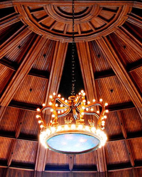 Hotel Del Coronado Crown Chandeliers