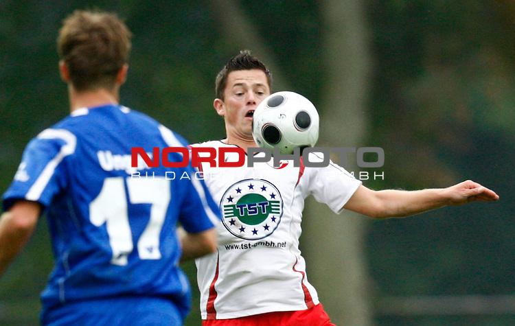 NFV-Pokal Achtelfinale<br /> Markus Unger (Kickers Emden GER #17) - Dennis-Matthias Brode (Eintracht Nordhorn #9)<br /> Foto &copy; nph (  nordphoto  )<br /> <br /> <br /> <br />  *** Local Caption ***