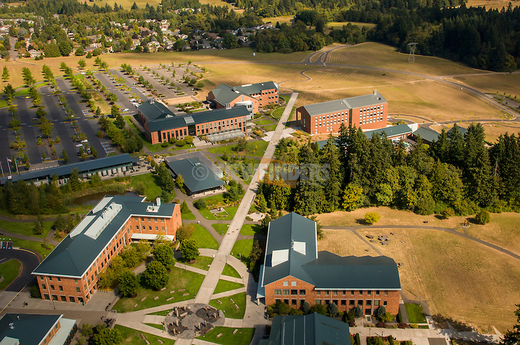 Aerial view of the Washington State University campus in Vancouver, WA.