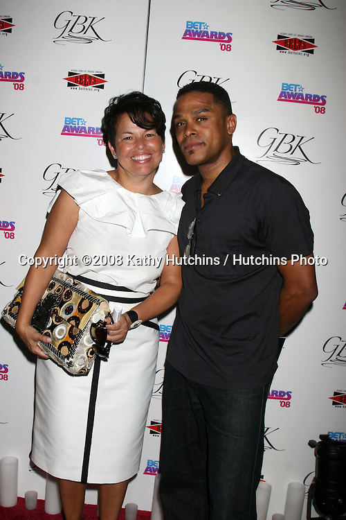 Debra Lee  & Maxwell at the BET Awards GBK Gifting Lounge outside the Shrine Auditorium in Los Angeles, CA on.June 23, 2008.©2008 Kathy Hutchins / Hutchins Photo .