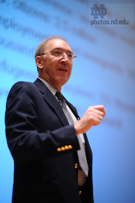 Prof. George Borjas of Harvard University's Kennedy School of Government delivers the 'Ten Years Hence' lecture at Mendoza College of Business.
