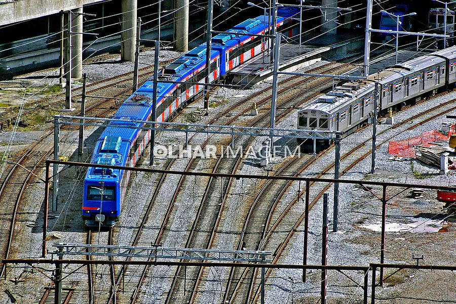 Transporte ferroviário urbano. São Paulo. 2004. Foto de Juca Martins.