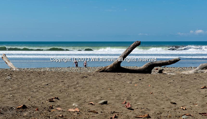 Wave break Dominical Beach
