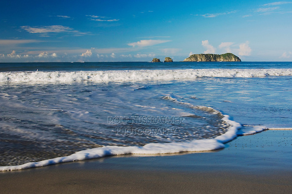 Beach with islands , Manuel Antonio , Central Pacific Coast, Costa Rica, Central America, December 2006