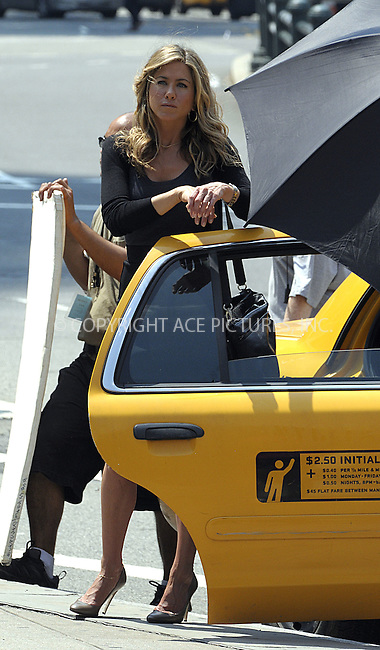 WWW.ACEPIXS.COM . . . . .  ....August 4 2009, New York city....Actress Jennifer Aniston was on the Manhattan set of the new movie 'Bounty' on August 4 2009 in New York City....Please byline: AJ Sokalner - ACEPIXS.COM..... *** ***..Ace Pictures, Inc:  ..tel: (212) 243 8787..e-mail: info@acepixs.com..web: http://www.acepixs.com