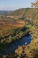 Europe/Europe/France/Midi-Pyrénées/46/Lot/Crayssac: Navigation fluviale  sur la boucle du Lot  et  vignoble AOC Cahors depuis le Col de Crayssac