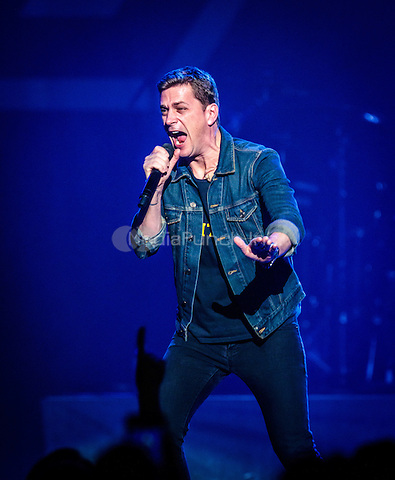 LAS VEGAS, NV - December 5, 2015: ***HOUSE COVERAGE*** Rob Thomas performs at The Joint at Hard Rock Hotel & Casino in Las vegas, NV on December 5, 2015. Credit: Erik Kabik Photography/ MediaPunch