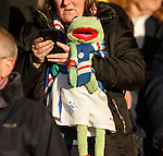Kermit along to support his team again