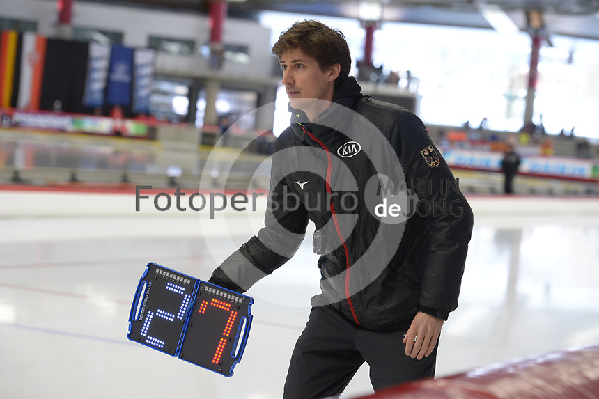 SPEEDSKATING: INZELL: Max Aicher Arena, 09-02-2019, ISU World Single Distances Speed Skating Championships, Daan Rottier (trainer/coach Germany), ©photo Martin de Jong
