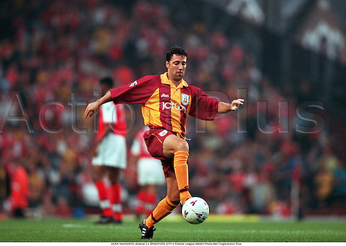 25.08.1999. London, England. DEAN SAUNDERS on the ball during Arsenal 2 v BRADFORD CITY 0 Premier League