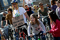 People riding bicycles and giving energy to the stage<br /> Rome April 19th 2019. Fridays for Future Climate Strike in Rome, Piazza del Popolo.<br /> photo di Samantha Zucchi/Insidefoto