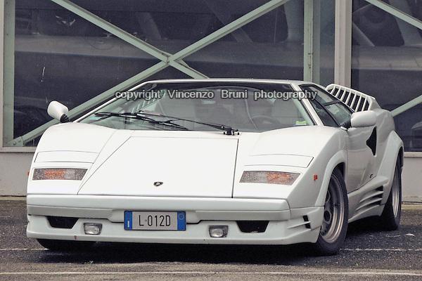 A classical sportscar, the Lamborghini Countach LP 400.