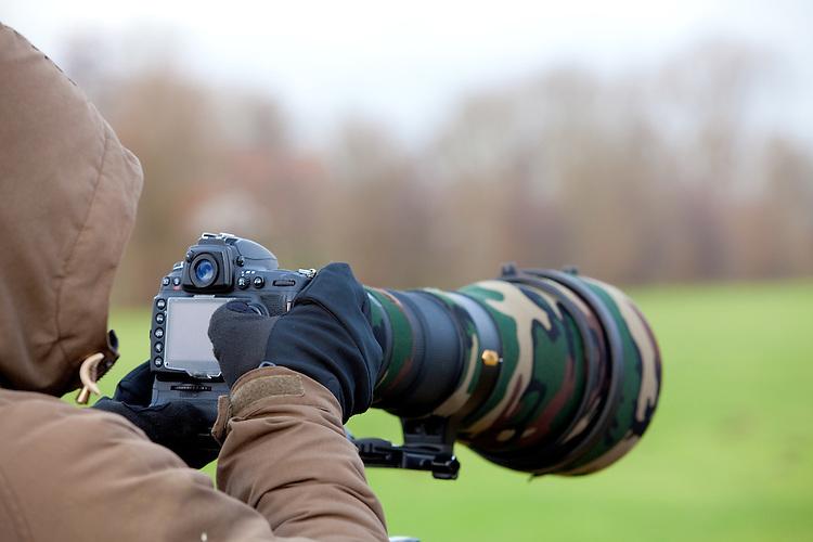 Europa, DEU, Deutschland, Nordrhein Westfalen, NRW, Rheinland, Niederrhein, Fotograf, Naturfotograf, Tierfotograf, Teleobjektiv, Kategorien und Themen, Menschen, Wirtschaft, Berufe, Arbeit, Job, Jobs, Arbeitswelt, Arbeiten....[Fuer die Nutzung gelten die jeweils gueltigen Allgemeinen Liefer-und Geschaeftsbedingungen. Nutzung nur gegen Verwendungsmeldung und Nachweis. Download der AGB unter http://www.image-box.com oder werden auf Anfrage zugesendet. Freigabe ist vorher erforderlich. Jede Nutzung des Fotos ist honorarpflichtig gemaess derzeit gueltiger MFM Liste - Kontakt, Uwe Schmid-Fotografie, Duisburg, Tel. (+49).2065.677997, archiv@image-box.com, www.image-box.com]