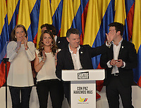 BOGOTÁ -COLOMBIA. 15-06-2014. Juan Manuel Santos candidato por el partido de La Unidad Nacional, durante su discurso después de ganar las eleccciones presidenciales para el período constitucional 2014-18 en Colombia a Oscar Ivan Zuluaga del partido Centro Democratico. La segunda vuelta de la elección de Presidente y vicepresidente de Colombia se cumplió hoy 15 de junio de 2014 en todo el país./ Juan Manuel Santos candidate by National Unity party during his speech after wininning the Presidential elections for the constitutional period 2014-15 in Colombia to Oscar Ivan Zuluaga by Democratic Center party. The second round of the election of President and vice President of Colombia that took place today June 15, 2014 across the country. Photo: VizzorImage/ Gabriel Aponte / Staff